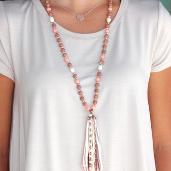 Feelin' Hot Pearl Beaded Tassel Necklace {Pink Mix}