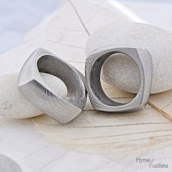 Square Wedding Ring, Men ring - Hand forged stainless Damascus steel wedding ring - Kumali