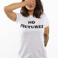 Motel, No Pictures T-Shirt - T-Shirts - MOOSE Limited