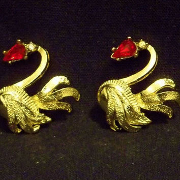 Set of 2 Swan Pins, Gold Tone, Red Rhinestone Eye, Clear Rhinestone Accent, c. 1960's, Great Condition, Swimming, Graceful Textured Feathers