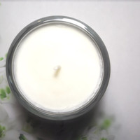 White Mattina Natural Soy Candle - Floral, Fresh, Crisp, Clean. Perfect Spring Summer home fragrance