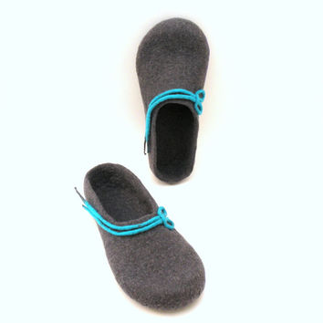 Women felted slippers -  handmade wool clogs - grey turqoise felt slipper - made to order - autumn winter fashion - Wedding gift