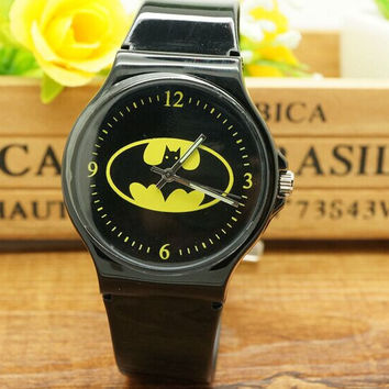 2016 New willis  Cartoon Batman Boys Girls Children Non-toxic Analog Sports Waterproof Wristwatch Gift Watch Free Shipping