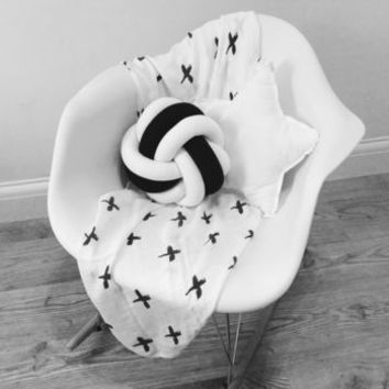 Monochrome Knot Cushion