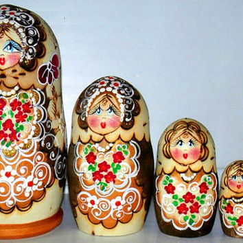Matrioshka dolls Palenko green, red,  Burned nesting doll nested matryoshka. Doll holiday gift wood toy