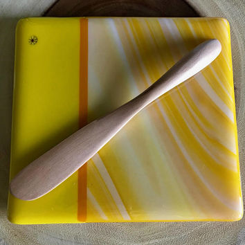 Yellow Glass Cheese Board Set by Design4Soul