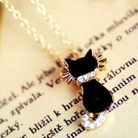 Cute Black Kitty Necklace with Rhinestone Tail