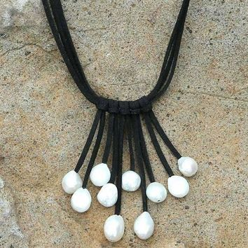 Pearl Tasseled Leather Choker necklace