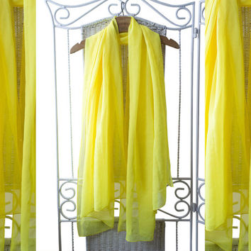 Yellow large ethereal shawl.25% OFF