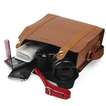 Tan Leather Camera Bag