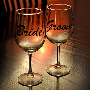 Bride Groom His and Her Wedding Toast Glasses