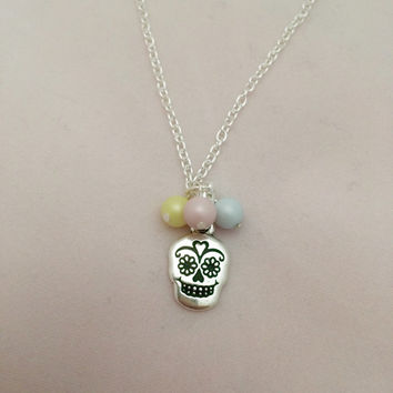 Handmade Silver Plated Necklace with Silver Colour Sugar Skull using SWAROVSKI ELEMENTS (Free Organza Gift Bag) Day Of The Dead,