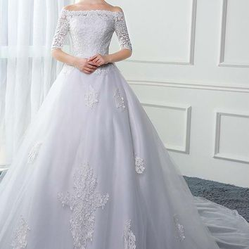 Boat Neck Tulle Half Sleeve Long Wedding Dresses Appliques Lace Up A Line Wedding Gowns
