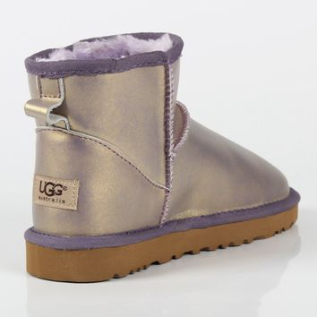 UGG autumn and winter new flat bottom wild boots warm and velvet snow boots