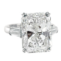 An Impressive 15.03 ct Radiant Cut Diamond GIA Cert Ring