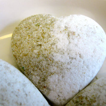 12 Mini Bath Bombs Coconut Cream Vegan by SerisSoaps on Etsy