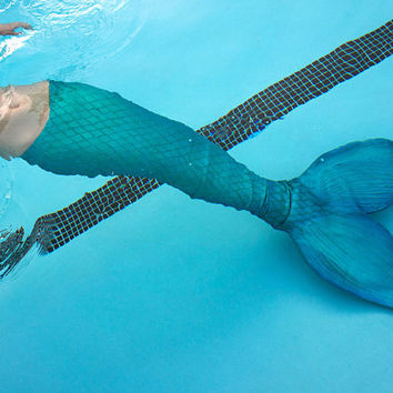 Custom Realistic Latex mermaid Tails by laamberry on Etsy