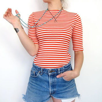 Striped Knit Tshirt MOD Red White Crop Top Candy Cane Stripes 70s Ribbed Short Sleeve Retro 80s Tuck Blouse Zipper Small XS Louannes Vintage