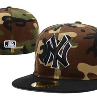 hcxx New York Yankees New Era MLB Authentic Collection 59FIFTY Cap Camouflage-Black