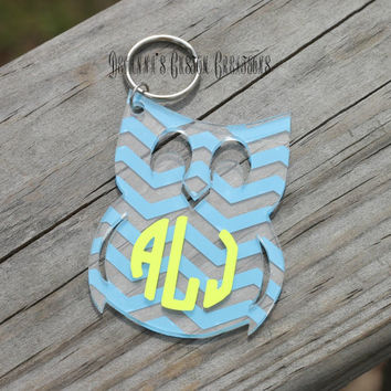 Chevron Circle Monogram Owl Key Chain