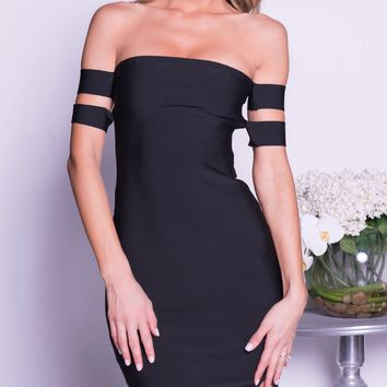 ELLANA BANDAGE DRESS IN BLACK