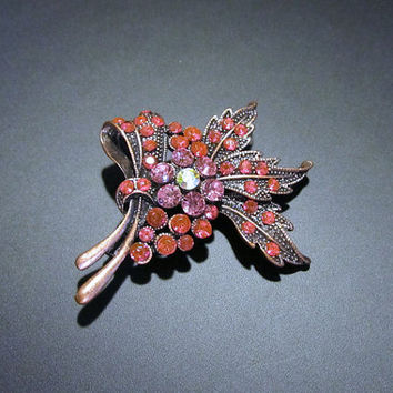 VINTAGE - Flower Swag Multi-Stoned Brooch Pin - Jewelry