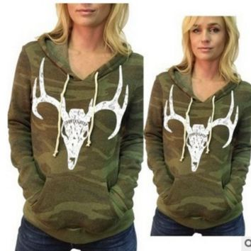 Camouflage Deer Animal  Pullovers  Hooded Sweater B0015507
