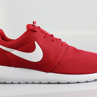 Nike Men's Roshe Run Gym Red