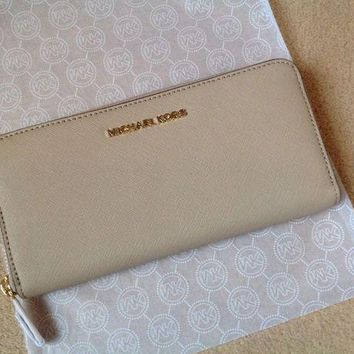 DCCKB7E Genuine Michael Kors Saffiano Leather Jet Set Travel Purse Wallet - Brand New