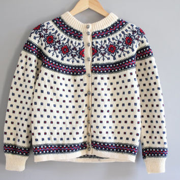 Classic DENMARK Paul Mage  hand made 100%  wool floral pattern sliver button cream knit Nordic ski cardigan small medium