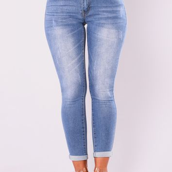 Sugar And Spice Ankle Jeans - Light Blue Wash