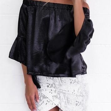 Black Plain Draped Boat Neck Off-shoulder Flare Sleeve Oversized Blouse