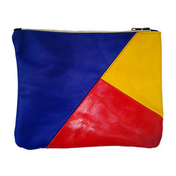 Color Block Spring Pouch