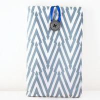 Hand printed Kindle case 7 inch tablet sleeve with hand printed grey blue zig zag pattern suitable for nexus 7 kindle touch and paperwhite