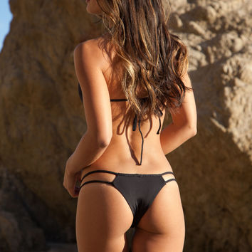 Frankie's Bikinis Oceanside bottom in black