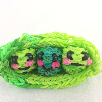 Happy Peas in a Pod Rainbow Loom Handmade Rubber Bands