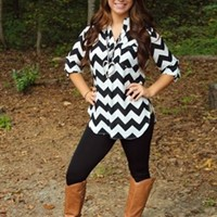 Lonely Eyes Chevron Top - Black