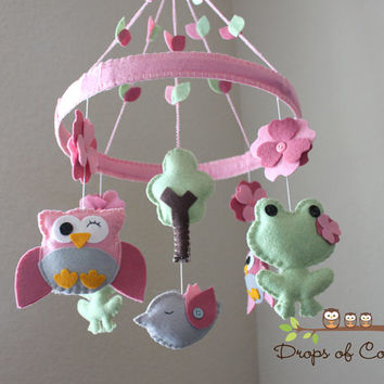 "Baby Crib Mobile - Baby Mobile - Owl Mobile - Frog Mobile - Nursery Mobile ""Frogs and Owls in the Circle of Love""(You can pick your colors)"