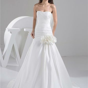 New Design Elegant  Beading Sequined Sweetheart Satin A-Line Wedding Dress Bridal Gown