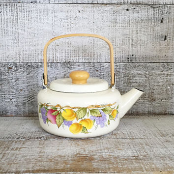 Teapot Vintage Mid Century Metal Teapot Vintage Enamel Teapot with Wood Handle Tea Kettle Retro Teapot Mid Century Kitchen Decor