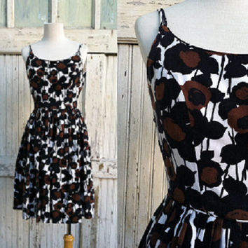 1960s Fit and Flare Dress / Muted Florals / 60s Floral Dress / Vintage Spaghetti Strap Day Dress