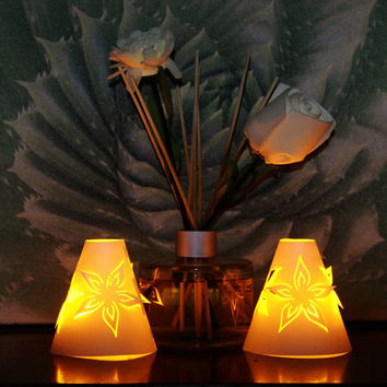 Tea Light Shade Floral 3D Design Twin Pack With Diffuser for Artificial Battery TeaLights