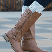 Relaxed Quilted Boots