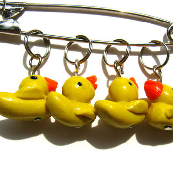 Rubber Ducky Stitch Markers,  Set Of 10 Rubber Ducky Stitch Markers, Polymer Clay Rubber Ducky Stitch Markers, Knitting Stitch Markers