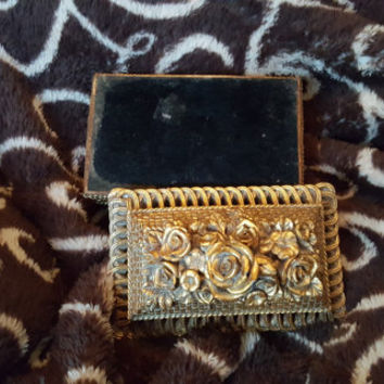 Exquisitely Ornate Gold Filigree Resin Rectangular Trinket Jewelry Box With Gorgeous Detailing
