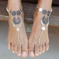 Bohemian hollow water drops carved anklets