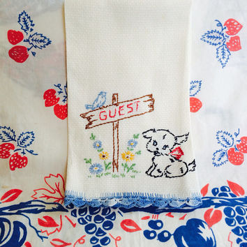 Embroidered Guest Towel with Puppy Dog Fingertip Towel Powder Room Towel