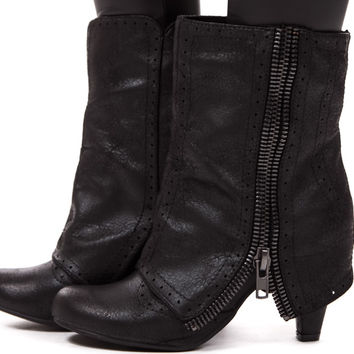 Black Overlay Zipper Side Boot