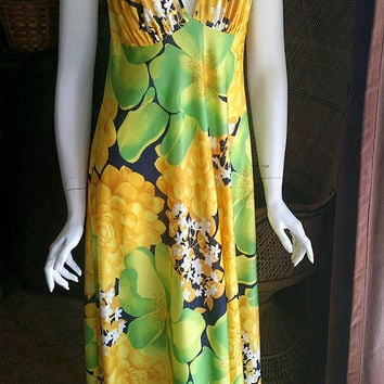 70's Tropical Nightgown, Tropical Flowers Nightgown, Long Floral Nightgown, Tropical Nightie, Yellow & Lime Nightgown, Vacation Wear, SM