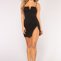 Stealin' Hearts Dress - Black